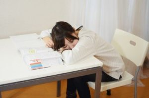 Japanese girl sleeping How to Avoid Study Burnout